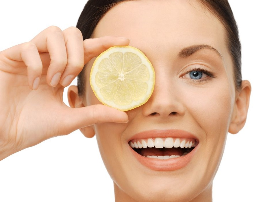 lemon on the face
